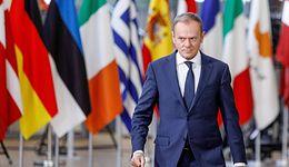 """Donald Tusk przed komisją ds. VAT. """"Jak zrobi szopkę, to się przeciągnie"""""""