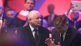 5 minut przemówienia, przynajmniej 35 mld zł na liczniku. Jarosław Kaczyński rozbił budżetowy bank