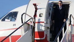 Premier wracał z pogrzebu rządowym samolotem. KPRM potwierdza