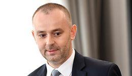 Pomoc dla frankowiczów. Minister Mucha odpowiada na zarzuty ambasadorów