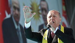 Zamieszanie z turecką walutą. Prezydent Erdogan mówi o ataku spekulantów i prowokacji