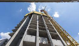 Wielki wieżowiec w centrum Warszawy, będzie najwyższy w UE. Nowe zdjęcia z budowy