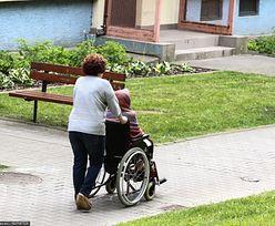 Opiekunki mają dość, chcą zmian w prawie. Napisały list do minister Marleny Maląg