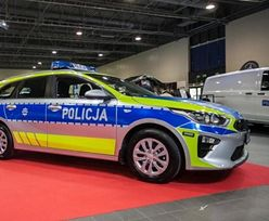 Metamorfoza policyjnych samochodów. Będzie nowy kolor i hasło