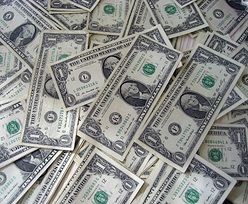 Kursy walut. Niepokojące dane