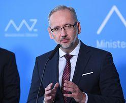 Zakaz lotów. Komisja Europejska krytykuje Polskę. Niedzielski: przyjmujemy to z pokorą