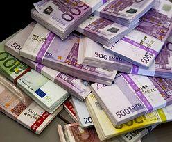Kursy walut NBP 4.10.2021. Poniedziałkowy kurs funta, euro, dolara i franka szwajcarskiego