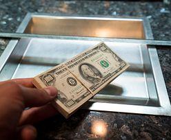 Kursy walut. Fed uderza w dolara