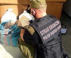 Straż Graniczna złapała handlarzy nielegalnym tytoniem. W magazynie była też marihuana