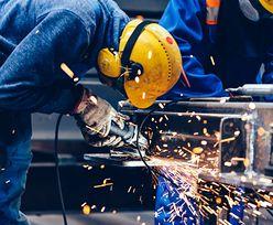 W tej branży pracownicy zarabiają powyżej mediany krajowej. Co czwarty inkasuje ponad 8 tys. zł