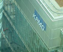 """Szef brytyjskiego KPMG kazał pracownikom """"przestać narzekać"""" z powodu pandemii. Zapłacił za to stanowiskiem"""