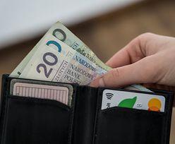 Podwyżki opłat i cięcia oprocentowania. Banki coraz głębiej sięgają do naszych kieszeni