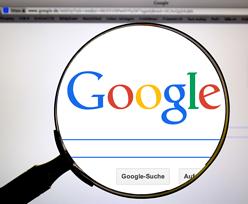 """Francja. Google """"w sposób mylący"""" oznaczał hotele. Zapłaci 1,1 mln euro kary"""