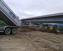 Budowa dróg. Stawki za kilometr spadły o 10 mln zł