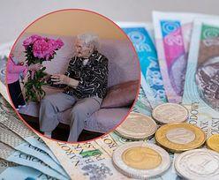 Dodatek do emerytury dla stulatków. ZUS wypłaca 2 tys. świadczeń, będzie 124 tys.