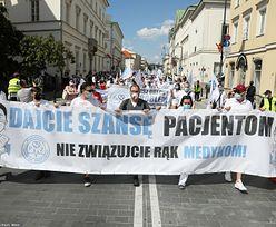 """Protest medyków. Urządzą """"białe miasteczko"""""""