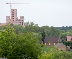 Zamek w Stobnicy. Prokuratura zatrzymuje, lokalny urzędnik komentuje