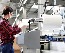 Nowe dane o przemyśle. Brak surowców i nieobecności pracowników ograniczają produkcję