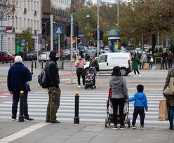 Rząd zmienia przepisy o ruchu drogowym. Trzeba będzie stawać przed pasami