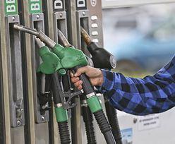 Ceny na stacjach spadają, ale tankowanie w święta będzie droższe niż rok temu