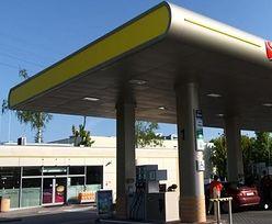 Zakaz handlu pogrążył małe sklepy. Najwięcej zyskały stacje benzynowe