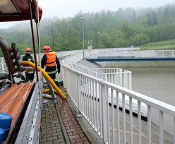 Zbiornik w Wilkowicach prawie pękł przez nawałnice. Konieczna rozbiórka