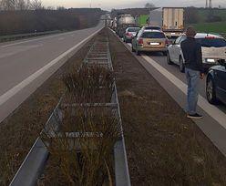 Wielokilometrowe kolejki na granicach. Nowe przejścia mają pomóc rozładować sytuację