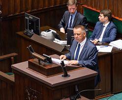 """Superwizjer: """"Marian Banaś powiązany z gangiem sutenerów"""". Kłopoty nowego szefa NIK i byłego ministra"""