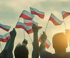 """Święto Niepodległości 11 listopada. """"Niepodległa do hymnu"""" po raz kolejny w całym kraju"""