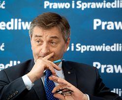 Sejm tłumaczy się z podróży marszałka Kuchcińskiego. Latał z rodziną