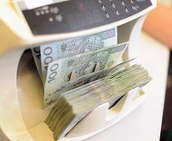 """Miliard złotych więcej. Państwowe spółki giełdowe dokładają się do """"piątki Kaczyńskiego"""""""