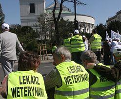 Protest w Inspekcji Weterynaryjnej. Pracownicy zapowiadają blokady dróg
