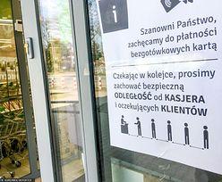 """Zakażenie koronawirusem. WHO podgrzała konflikt """"bezgotówkowców"""" z siecią bankomatów"""