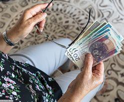 """""""Money. To się liczy"""". Polacy skazani na smog i głodowe emerytury?"""