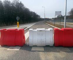 Lost highway na Mazowszu. Od pół roku urzędnikom nie udało się oddać do użytku gotowej drogi