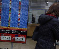 """Kursy walut pną się w górę. """"Powtarza się scenariusz sprzed 12 lat"""""""