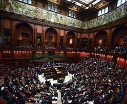 Wybory we Włoszech. Parlament rozpoczyna pracę w chaosie