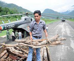 Katastrofa śmigłowca w Indiach. W rozbitej maszynie znaleziono 20 ciał
