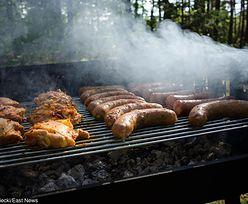 Czy podpałka na grilla może nam zaszkodzić? Kilka rad na majówkę