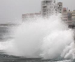 Tajfun uderzył w Japonię. Wiatr ponad 200km/h