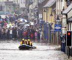 Powódź w Anglii: Miliardy funtów strat