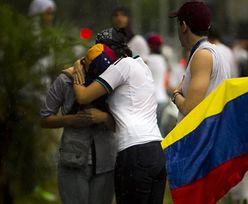 Protesty w Wenezueli. Opozycja stawia barykady w Caracas