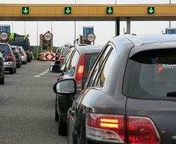 Kierowcy ze zdziwieniem patrzą na znaki przed bramkami. Boją się mandatów