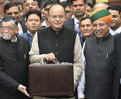 """Tak trzecia gospodarka Azji uchwala budżet. Jedzą słodycze, organizują """"budżetowe konklawe"""" i cytują Szekspira"""