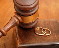 """Małżeństwa homoseksualne w Polsce. Poseł PO nazywa je """"paramałżeństwami"""""""