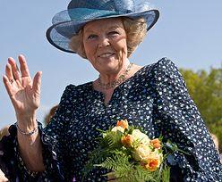 Eksperci nie sądzą, by Elżbieta II poszła w ślady Beatrix