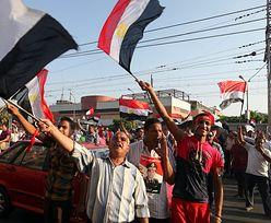 Kuwejt obiecuje Egiptowi pomoc w wysokości 4 mld dol.