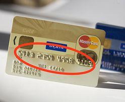 Masz wypukłe numery na karcie kredytowej? Za granicą mogą zrobić różnicę