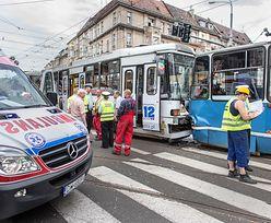 Wypadek we Wrocławiu. 25 osób rannych w zderzeniu dwóch tramwajów