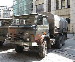 Agencja Mienia Wojskowego trafiła w dziesiątkę z e-sklepem. Teraz chce w sieci sprzedawać pojazdy